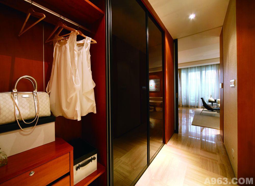 中华室内设计网 作品中心 住宅空间 家装设计 > 涂华梅作品  面积:90